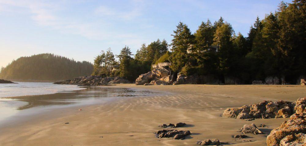 Tonquin Beach